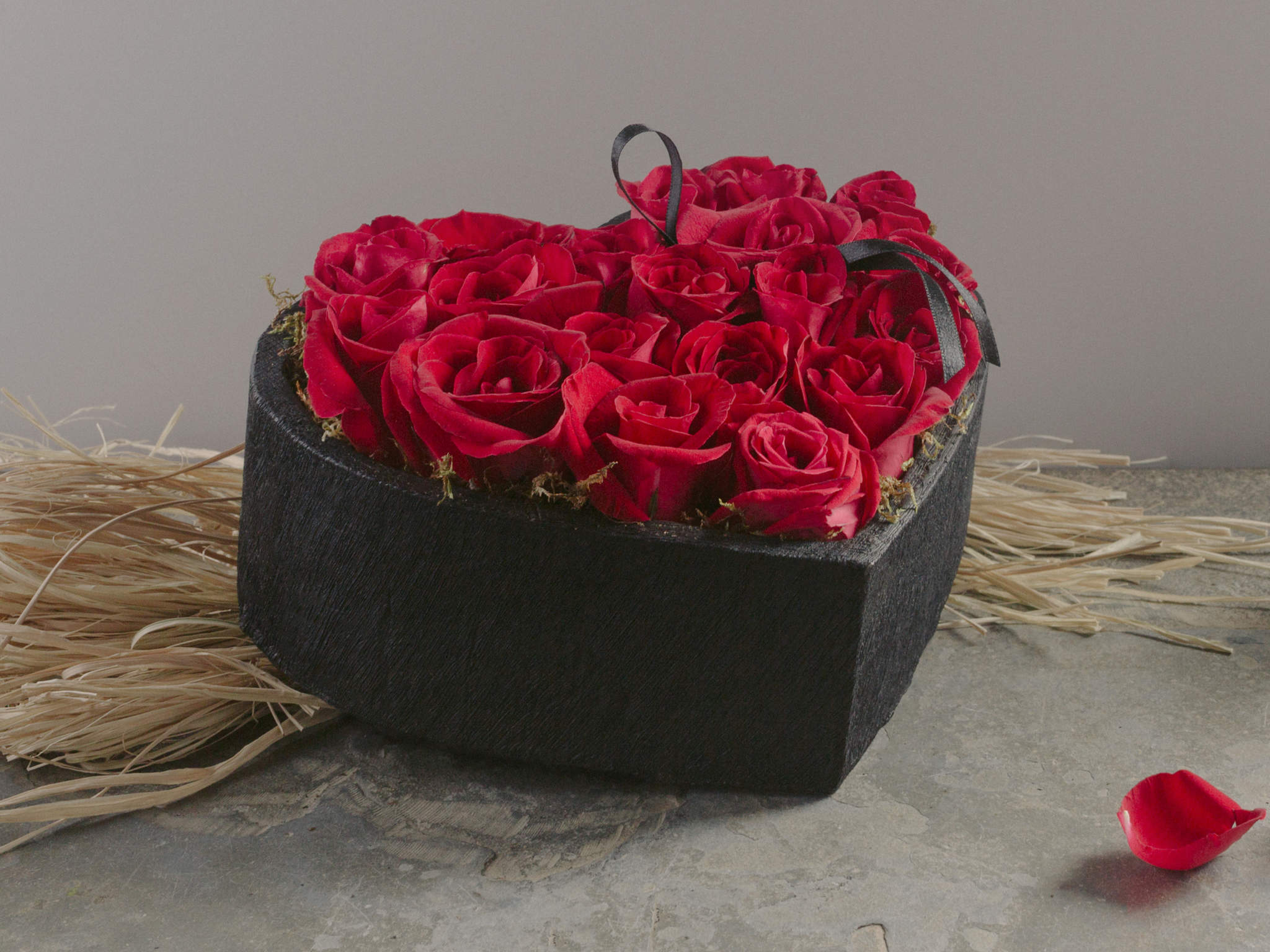 Arranjo de Rosas Vermelhas em Formato de Coração